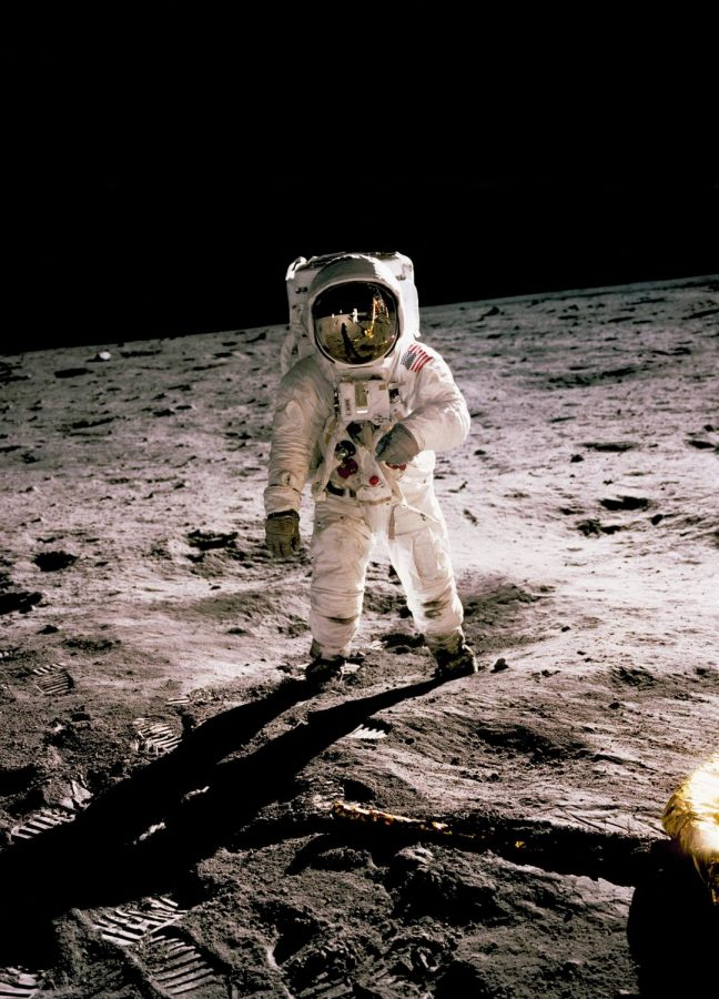 WAS THE MOON LANDING FAKED?